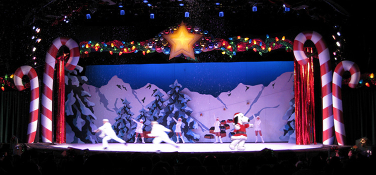Snoopy's Cool Christmas on Ice